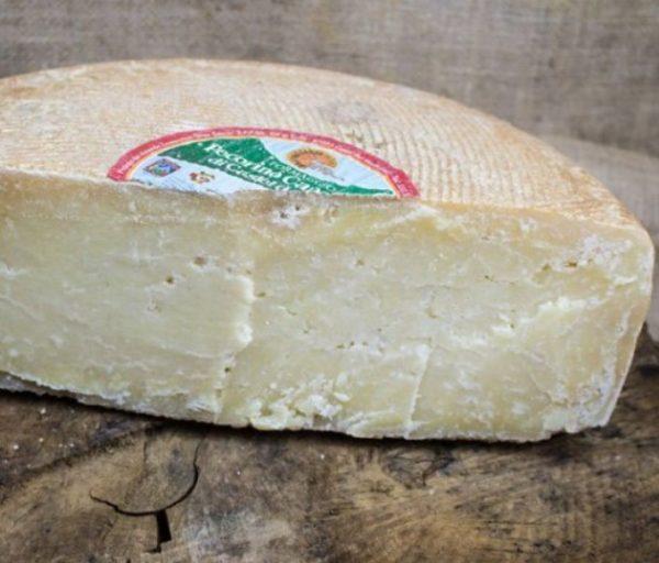 grandi-formaggi-pecorino-castel-del-monte-stag-2-anni